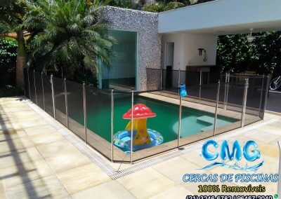 cerca-de-piscina-removivel-itacoatiara-preta