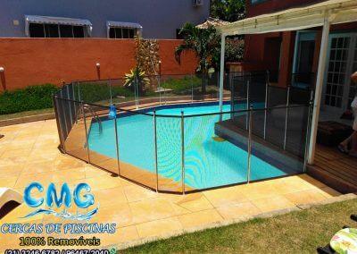 instalacao-cerca-de-piscina-no-recreio-grafite