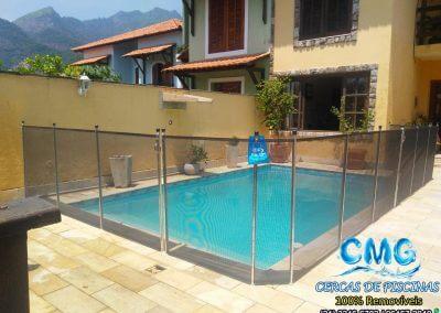 instalacao-cerca-removivel-de-piscina-jacarepagua-grafite