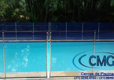 modelo grade de piscina